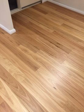 quickstep-readyflor-1-strip-blackbutt-matt-4